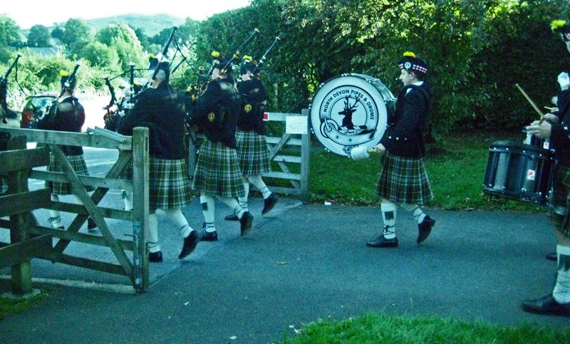 Pipers on the move