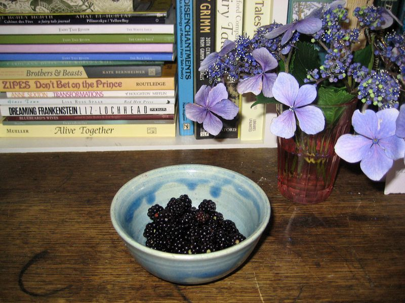 Dish of blackberries