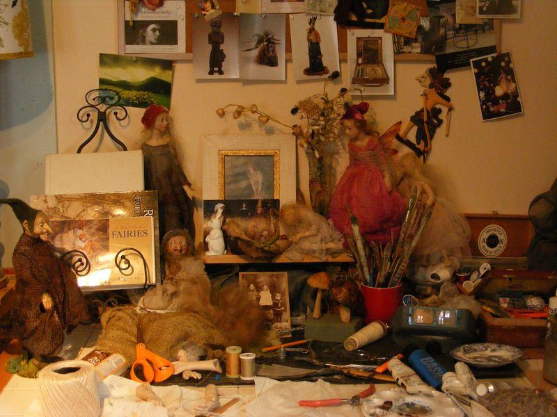 Anna's desk 2