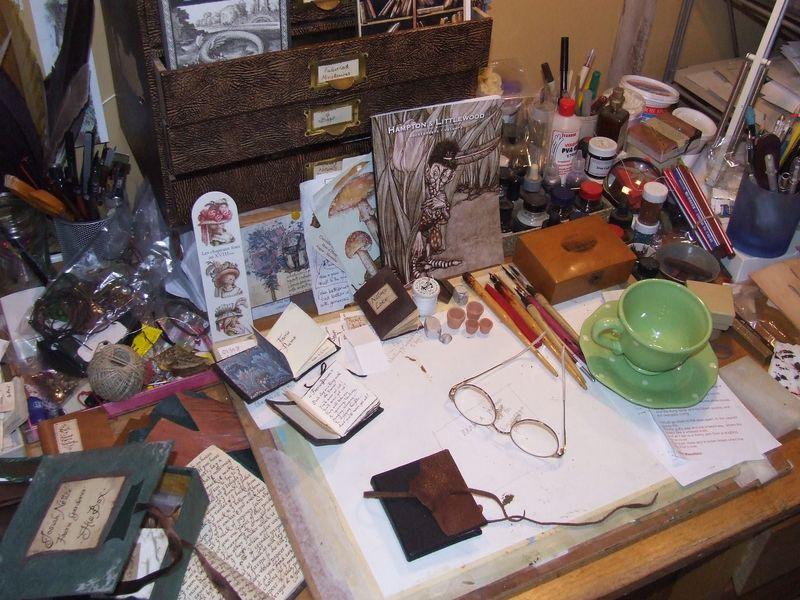 Hazel-desk2
