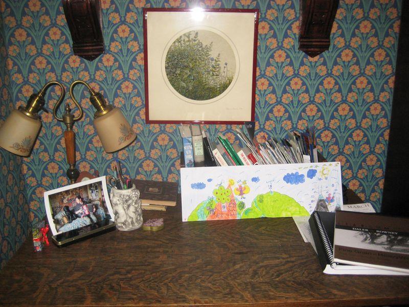 NY desk 2