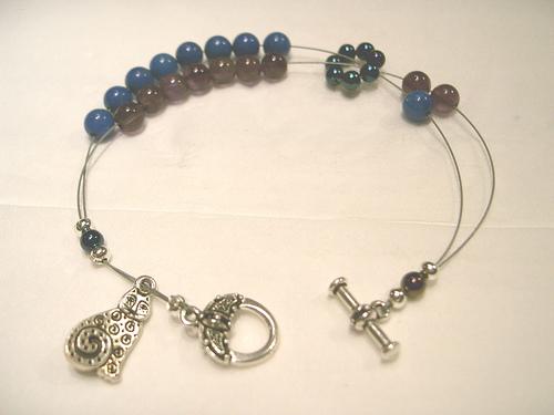 Lapishowlite&amethyst-bracelet1
