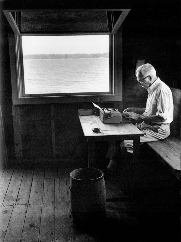E.B. White photographed by Jill Krementz.