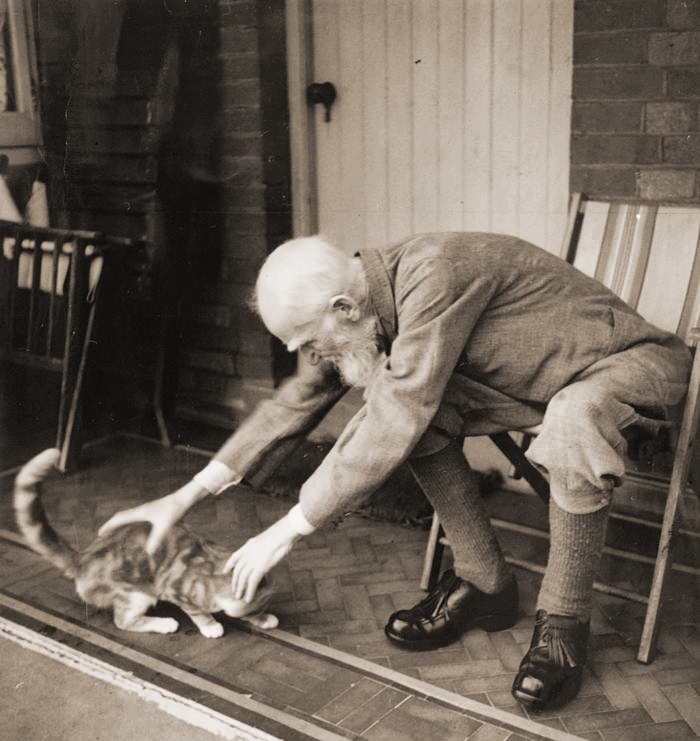George Bernard Shaw and his cat