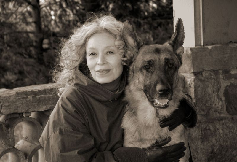 Kinuko Y. Craft and her dog Wolfgang