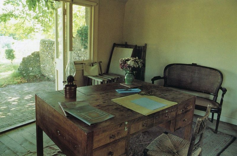 Virgina Woolf's writing room