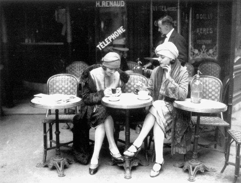 Women at a Paris cafe, 1952