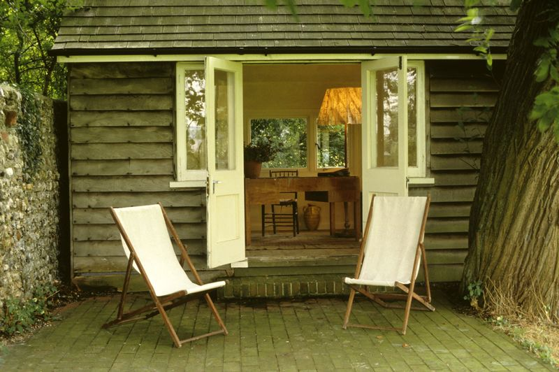 Virginia Woolf's writing shed
