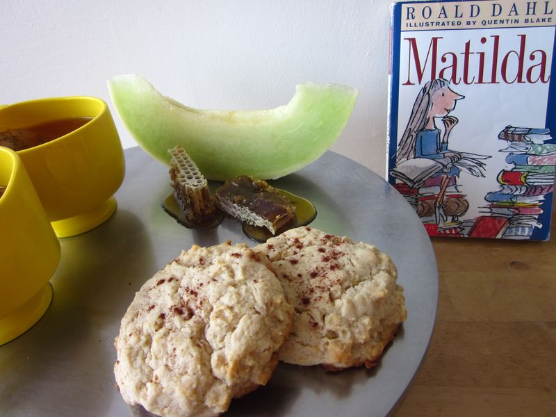 Matilda Honey Oatmeal Scones from The Black Letters blog