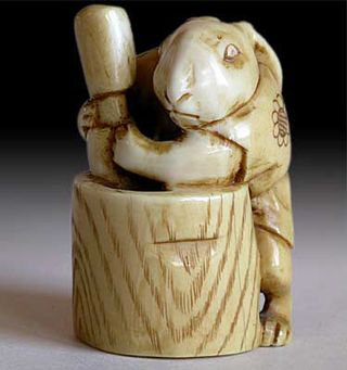 Moon Rabbit netsuke by Eiichi, circa-late 19th Century
